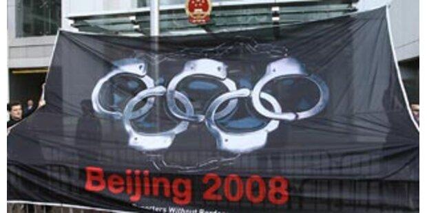Journalisten demonstrieren provokativ in China