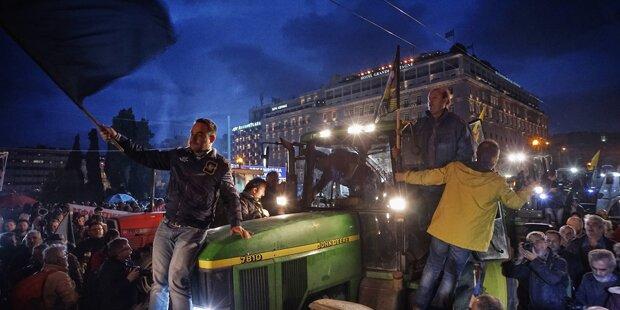 Griechische Bauern protestieren weiter