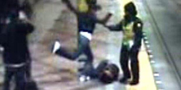 Mädchen verprügelt - und keiner hilft