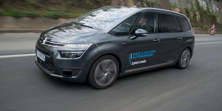 """Peugeot & Citroen setzen auf """"Here""""-Karten"""