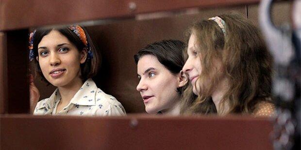 Staatsanwalt fordert 3 Jahre Haft für Pussy Riot