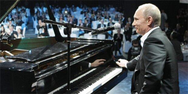 Putin singt Sharon Stone ein Ständchen