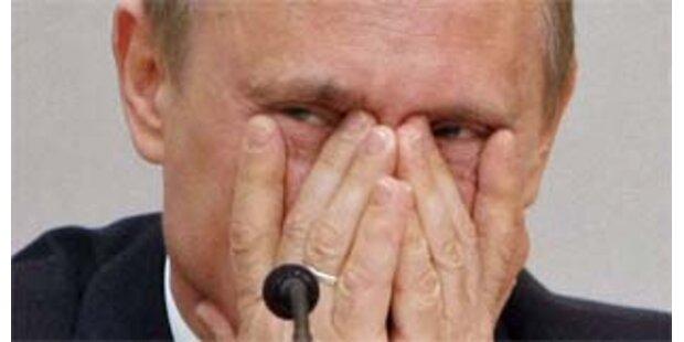 Putins erster Arbeitstag als Regierungschef