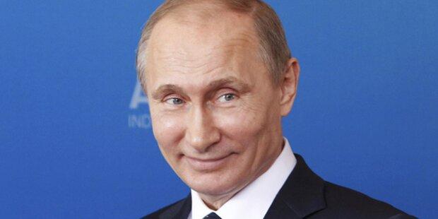 Wodka, Kuchen und Ständchen für Putin