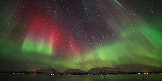 Faszinierende Weihnachts-Polarlichter
