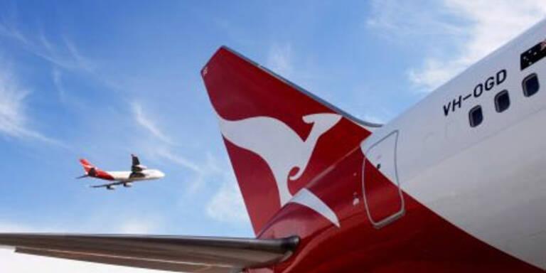 Vogel zwingt Qantas-Boeing zu Notlandung