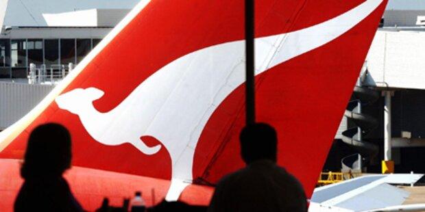 Qantas-Maschine vom Blitz getroffen