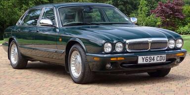 Privates Luxusauto der Queen versteigert