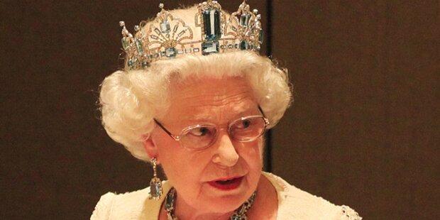 Queen den nackten Hintern gezeigt