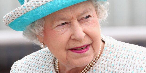 Strafe für nackten Po bei Queen-Besuch