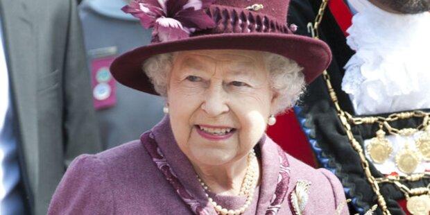 Schlüpfer der Queen auf ebay versteigert