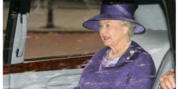 7.200 Euro-Klo für Queen blieb unbenutzt