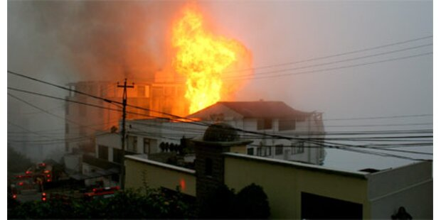 Acht Tote bei Flugzeug-Crash in Quito