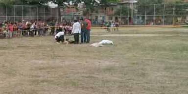 Nach roter Karte: Fußballer erschießt Schiri