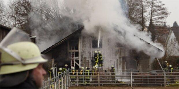Hausbrand löscht deutsche Familie aus