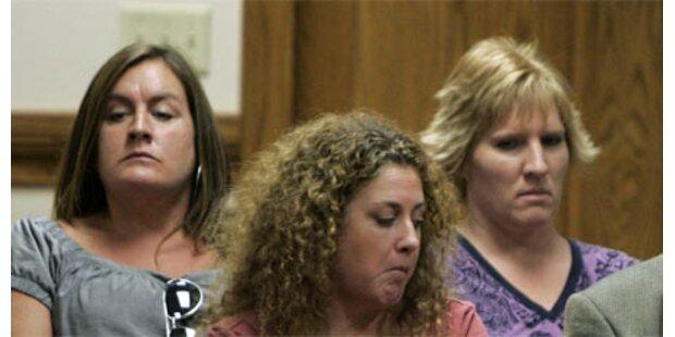 Untreuer Mann von vier Frauen gequält