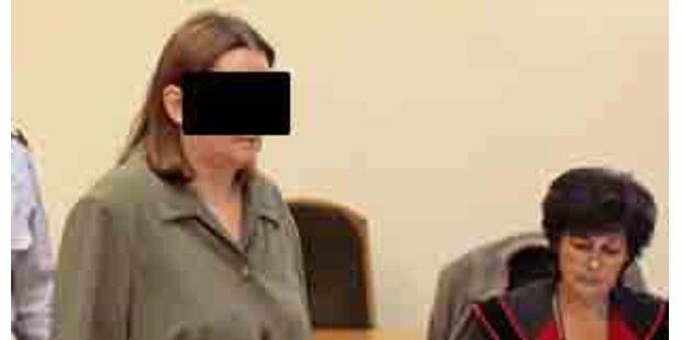 Verwahrloste Kinder - Mutter klagt Republik
