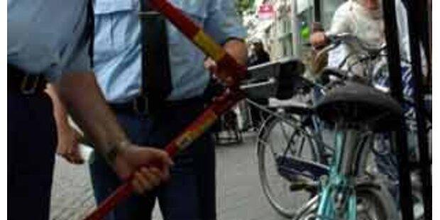 Radfahrer prallte mit 2,72 Promille gegen Auto