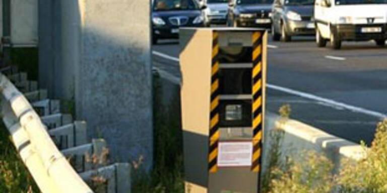Automatische Tempokontrolle bringt weniger Tote