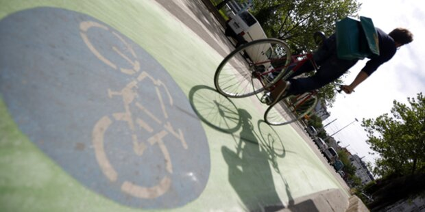 Erster Radweg wurde grün eingefärbt