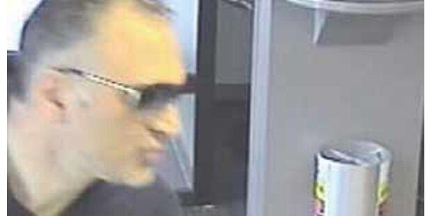 Bankräuber narrt Polizei mit Verkleidungen