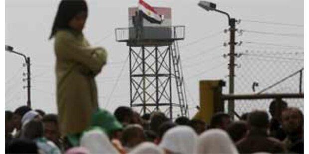 Palästinenser durchbrachen ägyptische Grenze