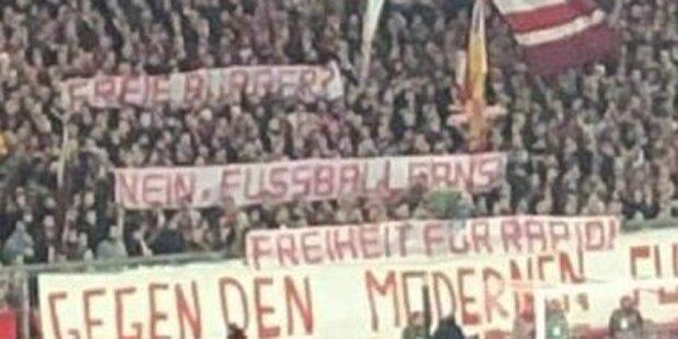 Bayern- und Sturm-Fans unterstützen Rapid