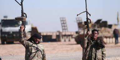 Syrische Regierungstruppen durchbrechen IS-Belagerungsring