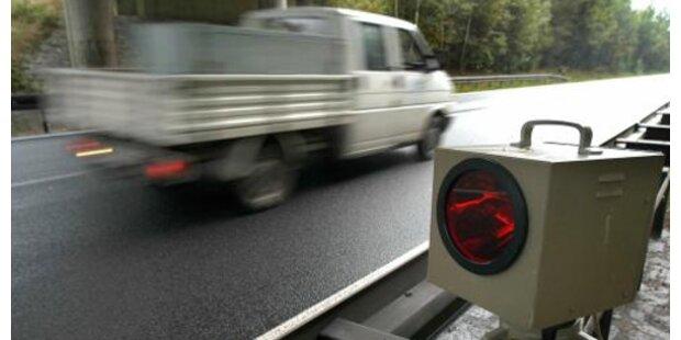 Tiroler rast mit 176 km/h auf Bundesstraße