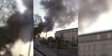 Der Parlamentsbrand ist gelöscht!