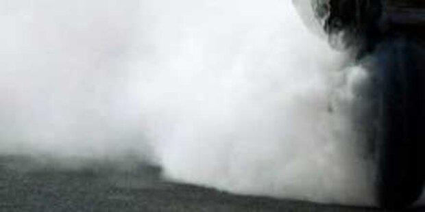 Alko-Opa drückte aufs Gas bis es brannte