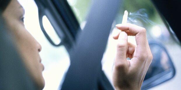 So gefährlich ist Rauchen im Auto