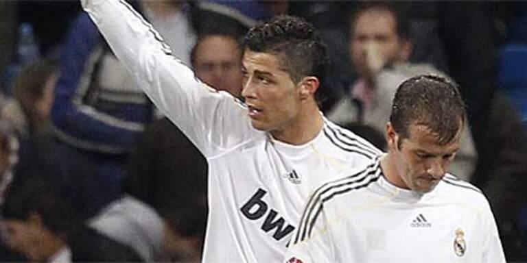 Real bleibt an Barcelona dran