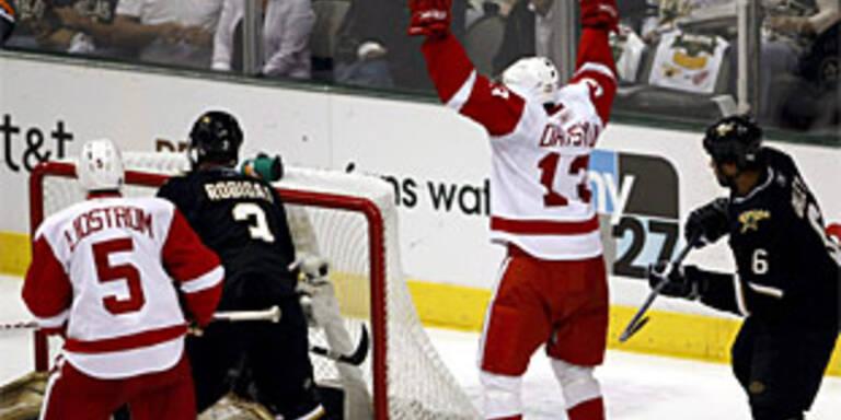 Red Wings mit einem Bein im Finale