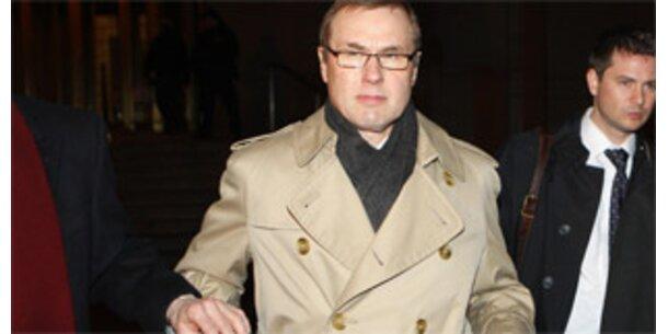 Ex-Refco-Chef bekennt sich des Betrugs schuldig