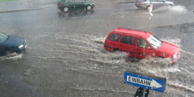 Sintflutartige Regenfälle in Österreich