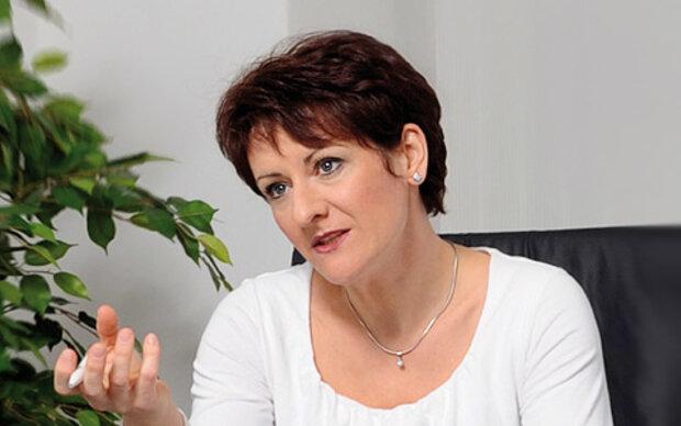 OA Dr. Andrea Rejzek