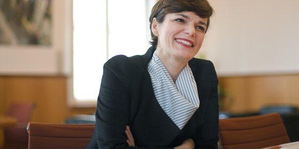 Rendi-Wagner im Interview: 'Ist eine Mickymaus-Steuerreform'