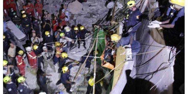 Vier Frauen aus Trümmern gerettet