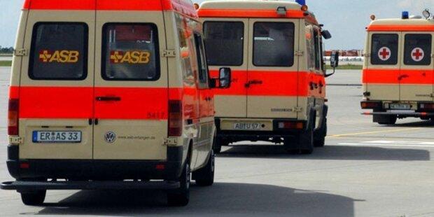 Busunfall auf A9: Vier Schwerverletzte