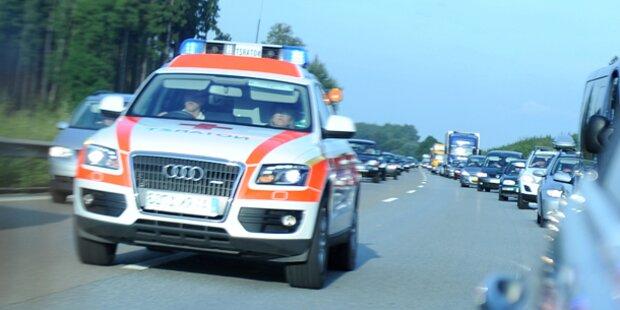 Steirer stürzte mit Motorrad: Schwer verletzt