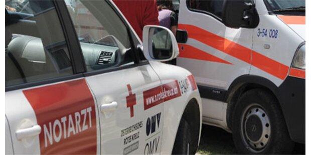 Vier Verletzte nach Pkw-Crash in NÖ