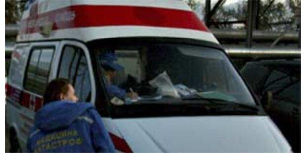Betrunkene Polizisten rasten in Schüler - 3 Tote