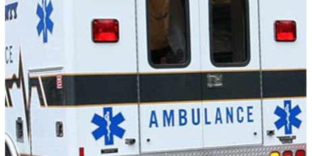 Mann im Schlafzimmer von Auto totgefahren