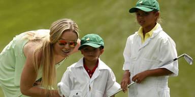 Lindsey Vonn & Tiger Woods mit Kids am Golfplatz