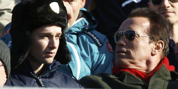 Arnie: Relaxen & Treffen mit Kanzler
