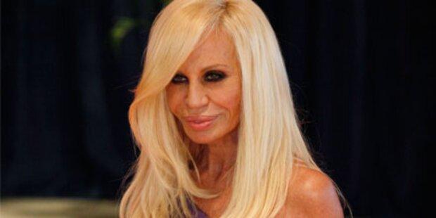 So abgemagert ist Donatella Versace