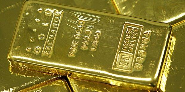 Koffer voller 'Goldbarren' vergessen