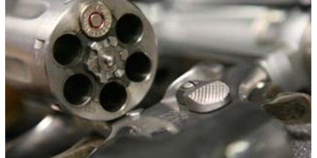 Graz: 15 Pistolen und Revolver gestohlen