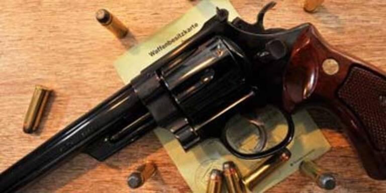 Grazer wehrt Überfall mit Revolver ab